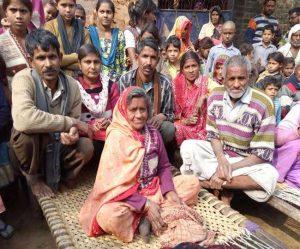 कानपुर के बिधनू कस्बा महिला को करीब 40 वर्ष पहले सांप ने काटा था। महिला की मौत हो गई थी। अंतिम संस्कार करने के बाद गंगा नदी में उसको प्रवाहित भी कर दिया था।