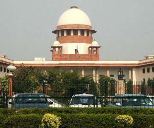 सुप्रीम कोर्ट ने शशिकला के मुख्यमंत्री पद की शपथ लेने से रोकने की मांग करने वाली याचिका पर तत्काल सुनवाई से इनकार कर दिया।