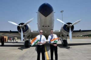 दुनिया का चक्कर लगाने के अभियान पर निकला सबसे पुराना हवाई जहाज नागपुर पहुंचा.