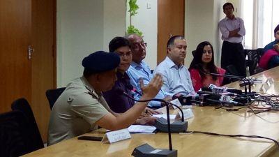 metro-rail-press-conference.jpg